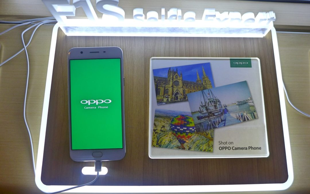 "Oppo introduces F1s ""selfie expert"" in Cebu"