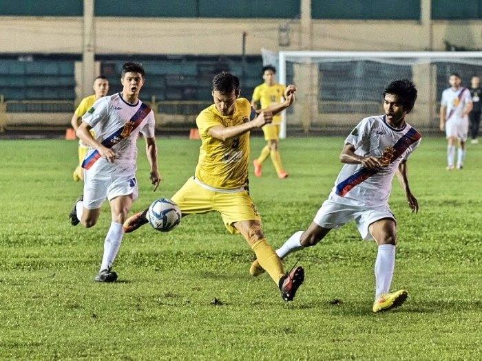 Global Cebu FC Davao Aguilas