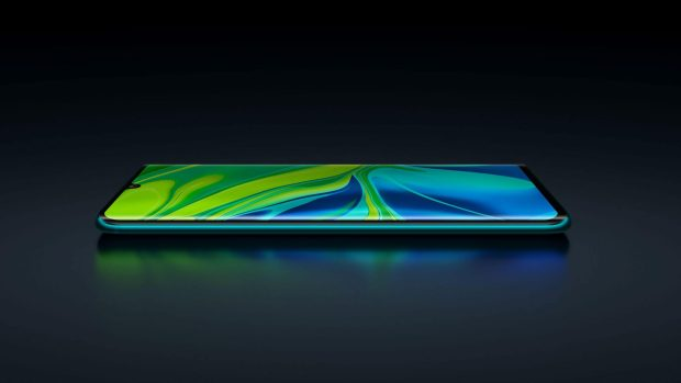 """Mi Note 10 features an incredible 6.47"""" 3D curved AMOLED display. The edge-to-edge display offers slimmer bezels than ever before for a totally immersive experience, while the 400,000:1 contrast ratio allows for deeper blacks and higher color fidelity."""