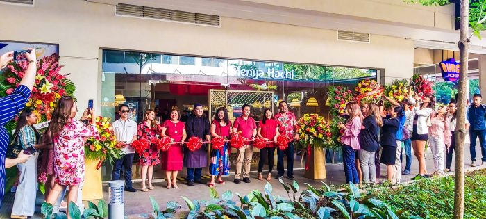 OPENING. Menya Hachi owners, officials, employees, and guests cut the ribbon to open the restaurant located in Ayala Malls Central Bloc in the IT Park.