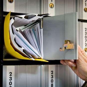 Moving This Spring? Big Reasons To Sign Up For A Private Mailbox - Checkexpress