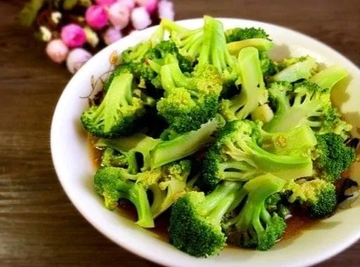 Easy Broccoli With Oyster Sauce In 4 Steps  My Chinese Recipes-6472