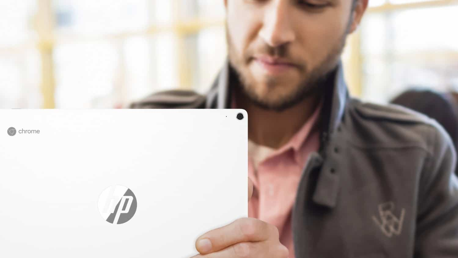 HP-Chromebook-x2_LifeStyle_Rear