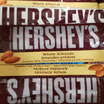 HERSHEYS COOKIES & CREAM CHOCOLATE BAR