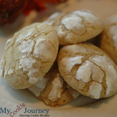 Brown Butter Cinnamon Crinkle Cookie
