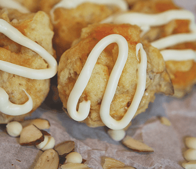 Fresh Apricot with Almonds Cookies
