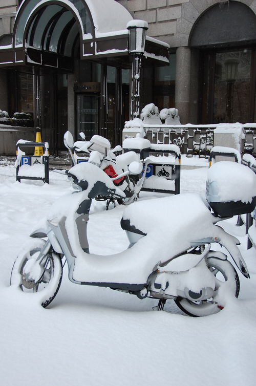 scooter_snow