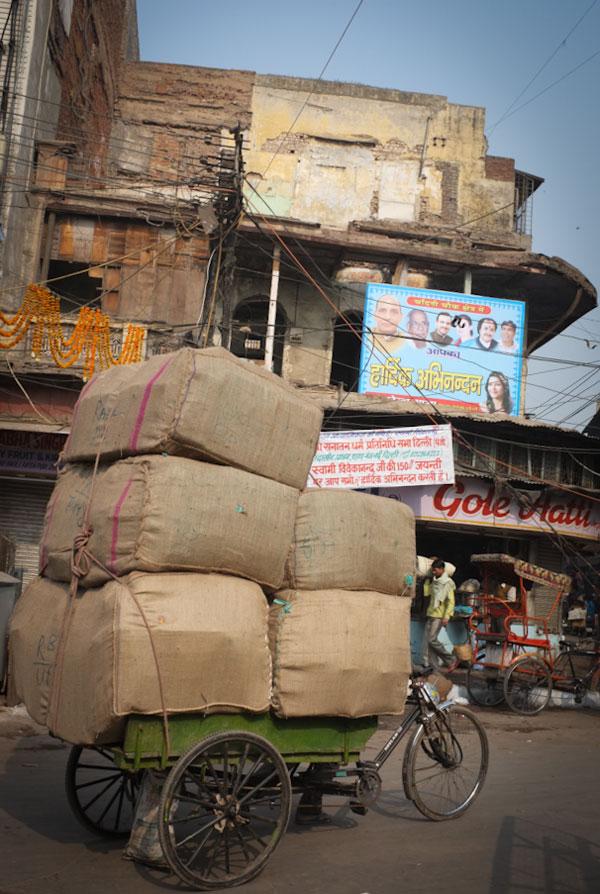 street-in-delhi