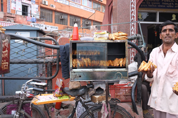 street-food-vendor-jaipur