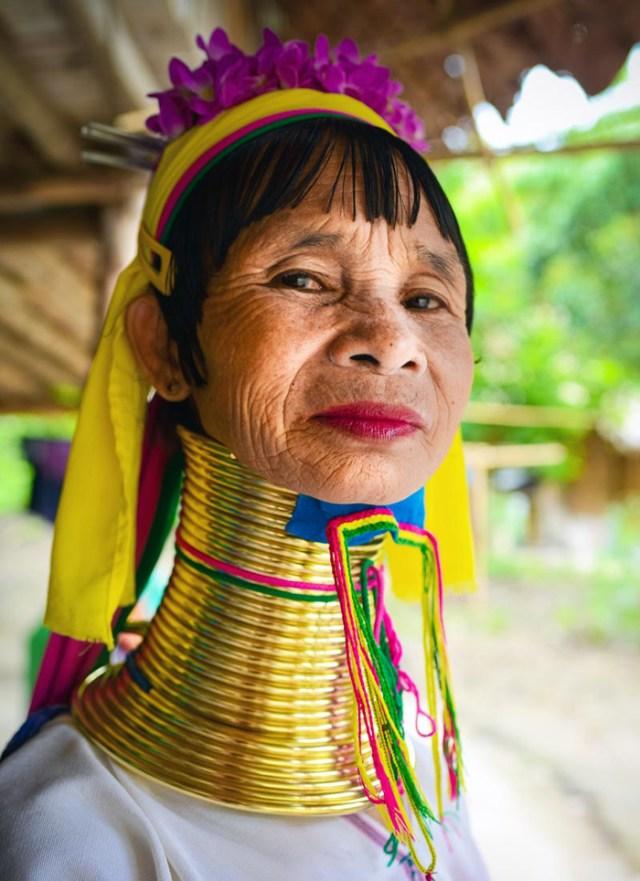 karen-long-neck-woman-chiang-mai