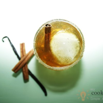 Bourbon Cocktail With Brown Sugar And Cinnamon