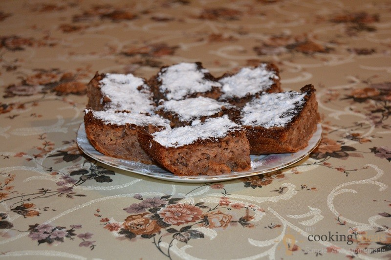 Tasty And Easy To Make Apple Cake
