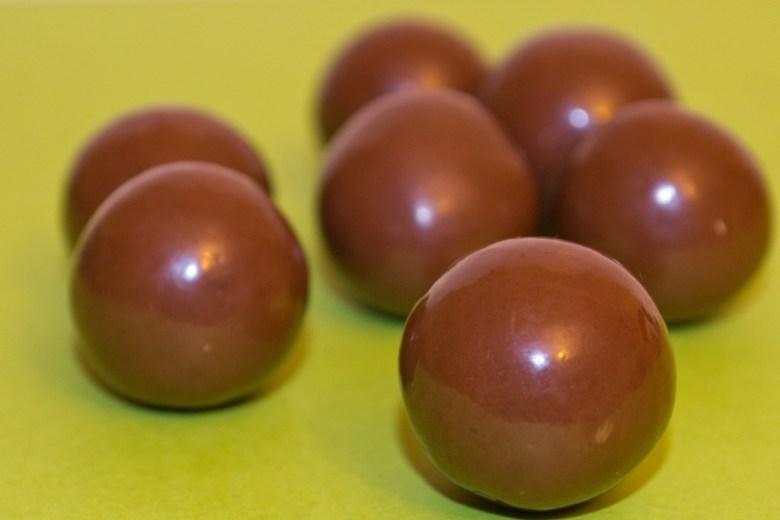 melting chocolate ball dessert recipe