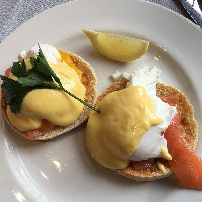 Gordon Ramsay eggs benedict recipe