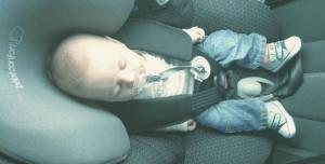 babycar - En esta escena se demuestra la importancia de la sillita del coche