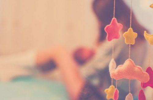 Una mujer transgénero puede amamantar a su bebé y hace historia