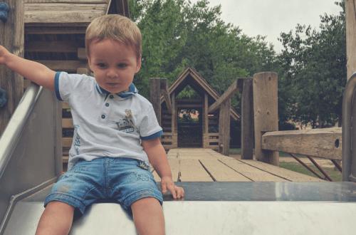 Beneficios de jugar en el parque