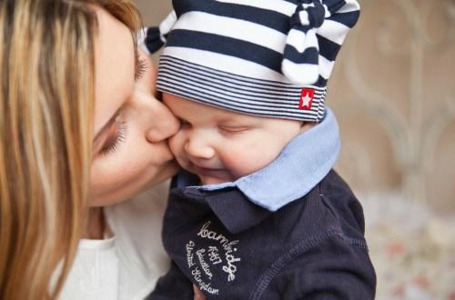 El porteo natural, mucho más que un beneficio para el bebé y sus papás