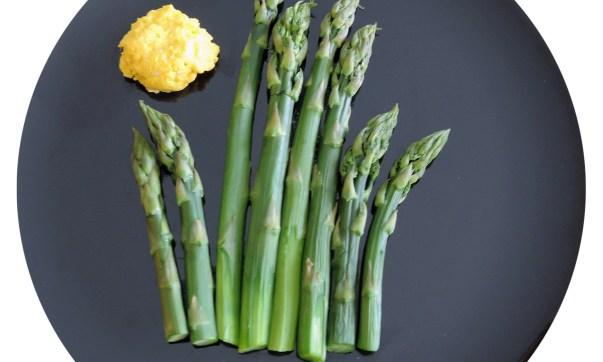 Asparagus with Eggs