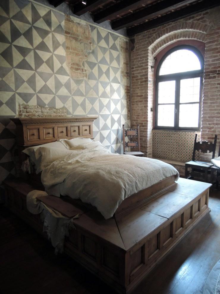 Juliet's Bed