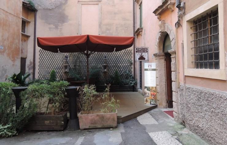 Enoteca Segreta Entrance