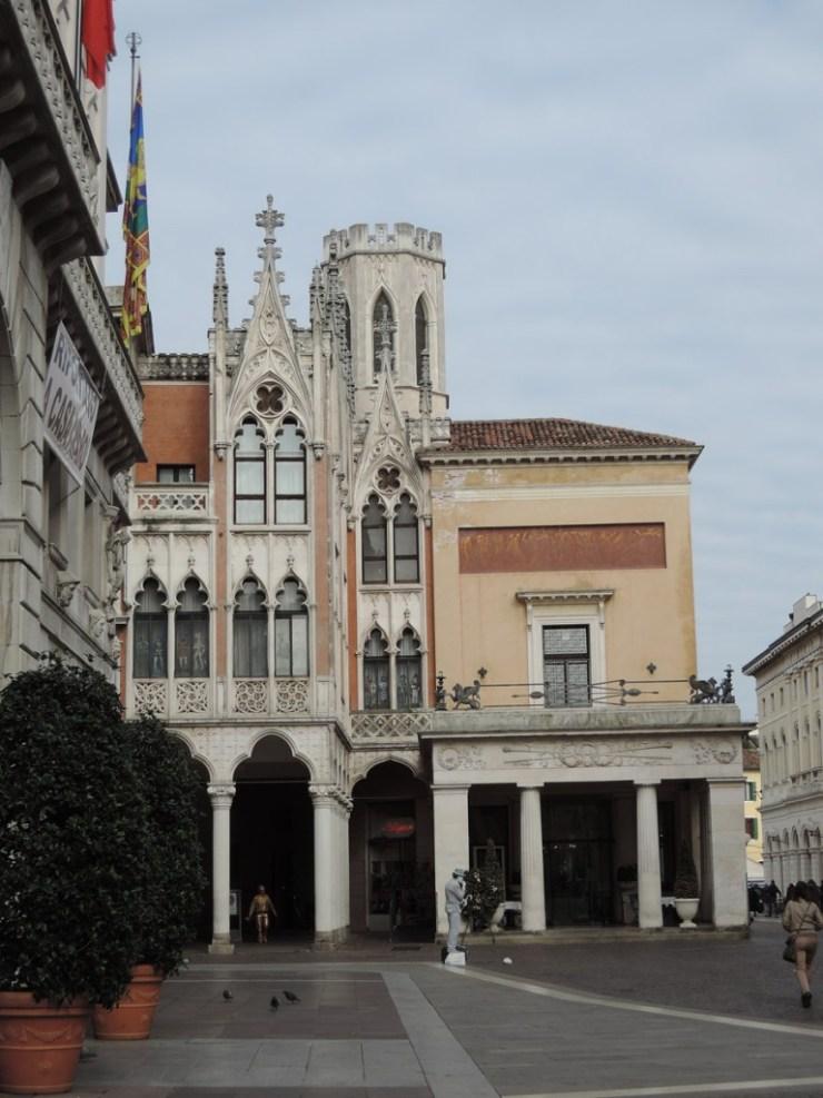 Pedrocchi Café, Padua the city of the 3 without