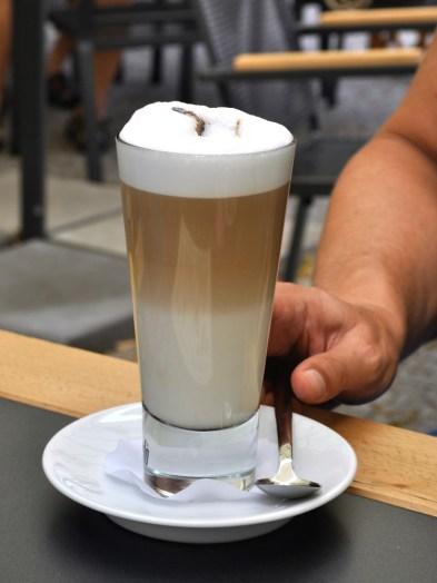 Latte Macchiato Gläser bringen den Kaffee perfekt zur Geltung © Manfred Walker / pixelio.de