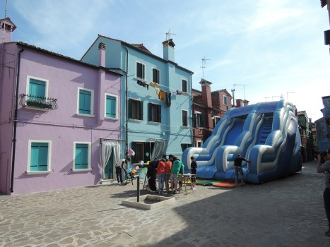 Inflatable game, Burano