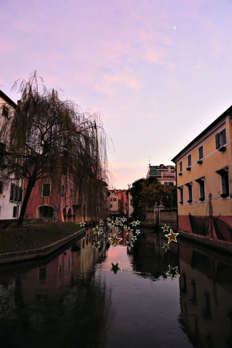 Buranelli at pink dusk, Christmas in Treviso