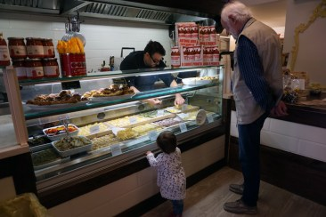 Little customer at La Bottega della Gina