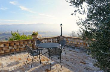 Casale Villa Chiara terrace