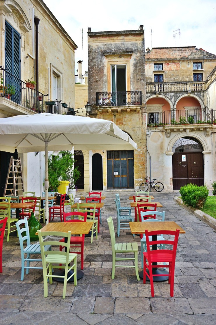 Cafè with the lovliest chairs in Lecce