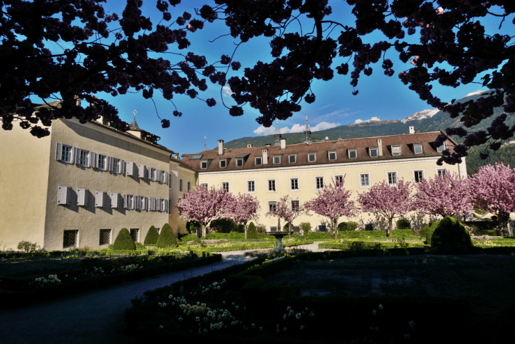 Hofgarten - What to see in Brixen