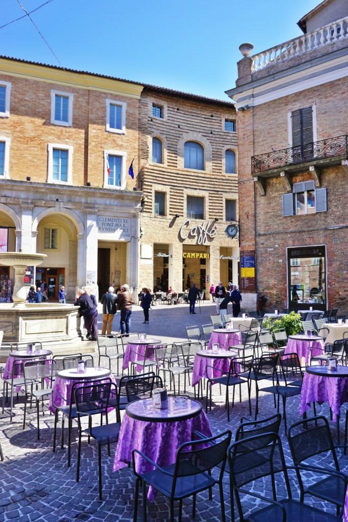 Piazza della Repubblica, Urbino