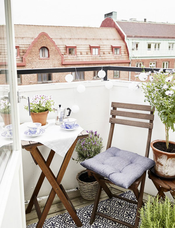 12 awesomely beautiful designs for a small and cosy balcony