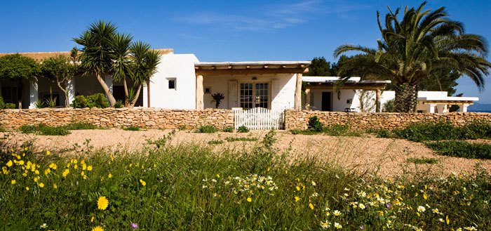 A beautiful Spanish summer house on the island of Formentera   My Cosy Retreat