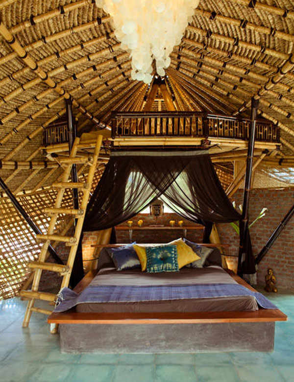 Bamboo eco cottage in the rice fields of ubud bali for Piani eco cottage