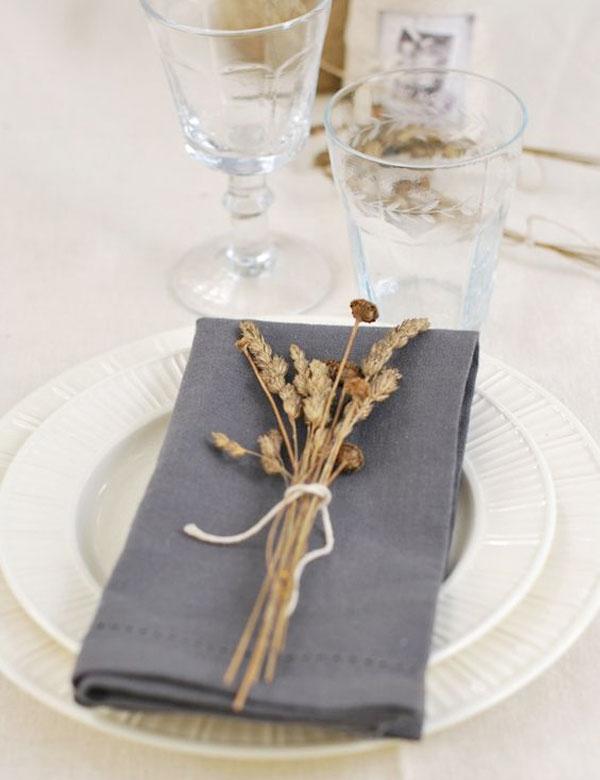 Beautiful minimalist autumn table settings | My Cosy Retreat