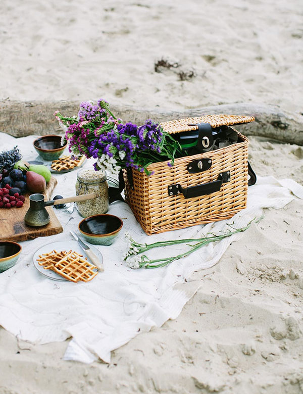 Spring_picnic_inspiration_via_My_Cosy_Retreat_8