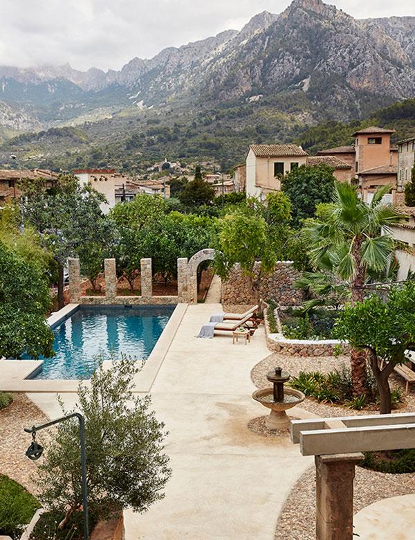 Sunny holiday villa on the beautiful island of Mallorca | My Cosy Retreat