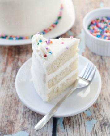 vegan_vanilla_birthday_cake4