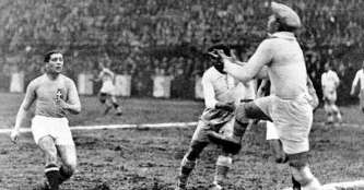 Giuseppe Meazza Playing with Italy