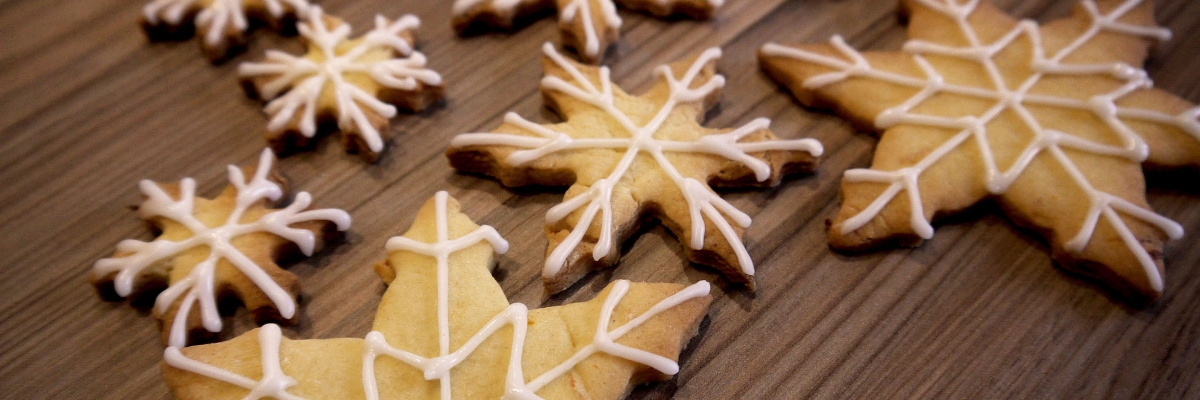 Snowflakes – With White Icing