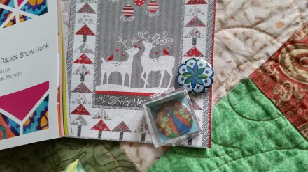 Quilt dots needle nanny and magnet on the AQS cataloge