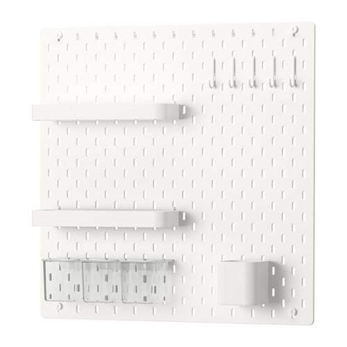 rangements pour matériel créatif panneaux perforés blancs ikea