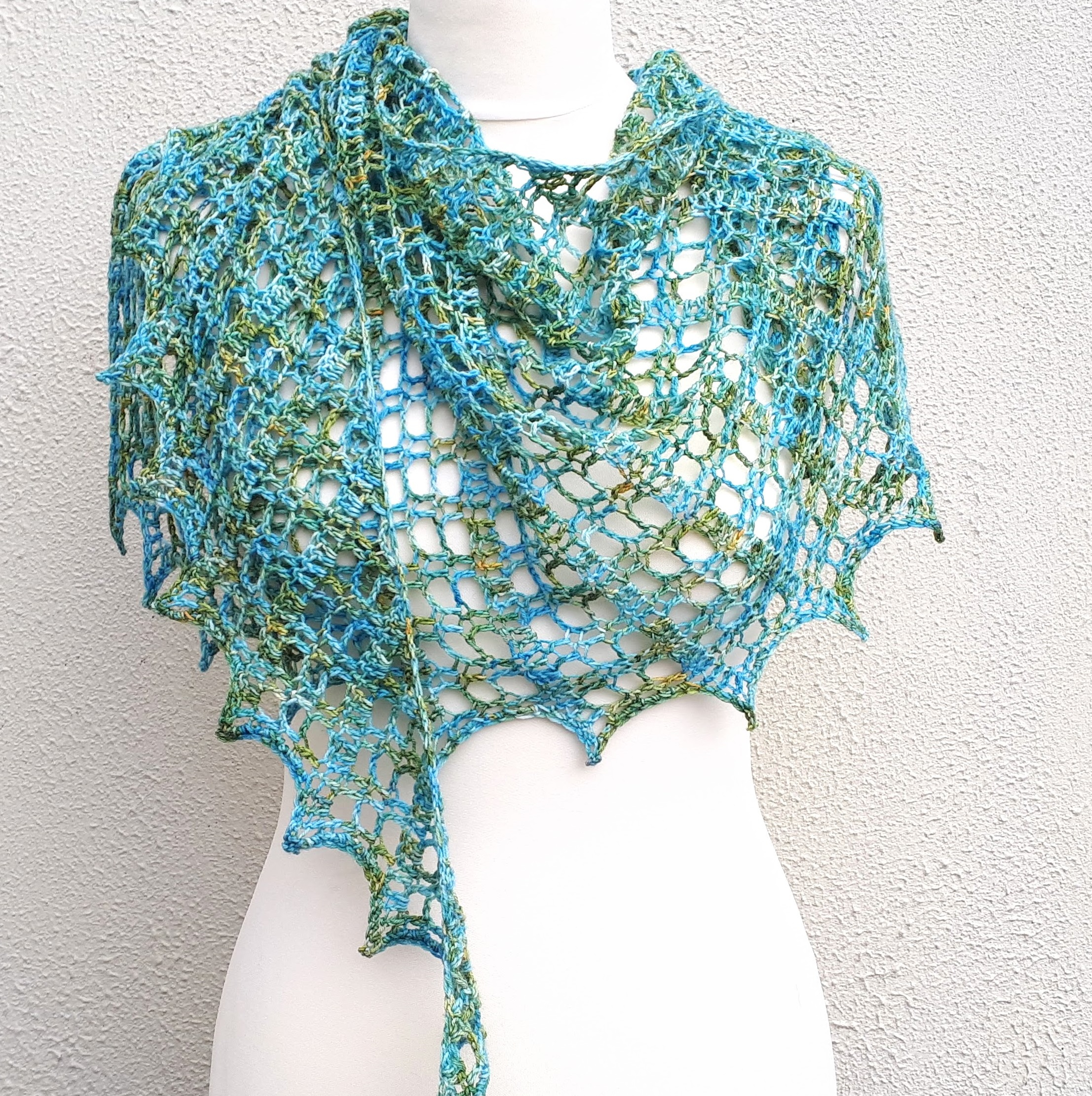 Scarf Crochet Pattern Free to Upgrade Your Winter Style Flora Shawl One Skein Free Crochet Pattern Annie Design Crochet