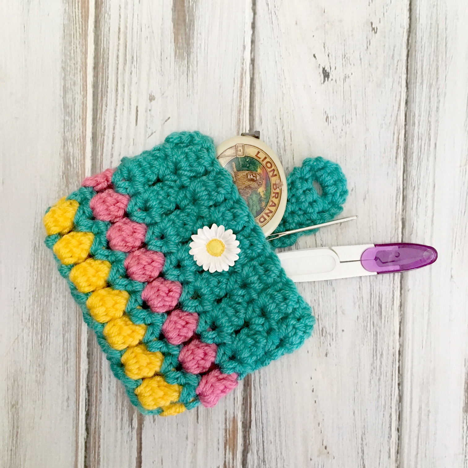 Summer Crochet Pattern Summer Fun Coin Purse Free Crochet Pattern Love Life Yarn