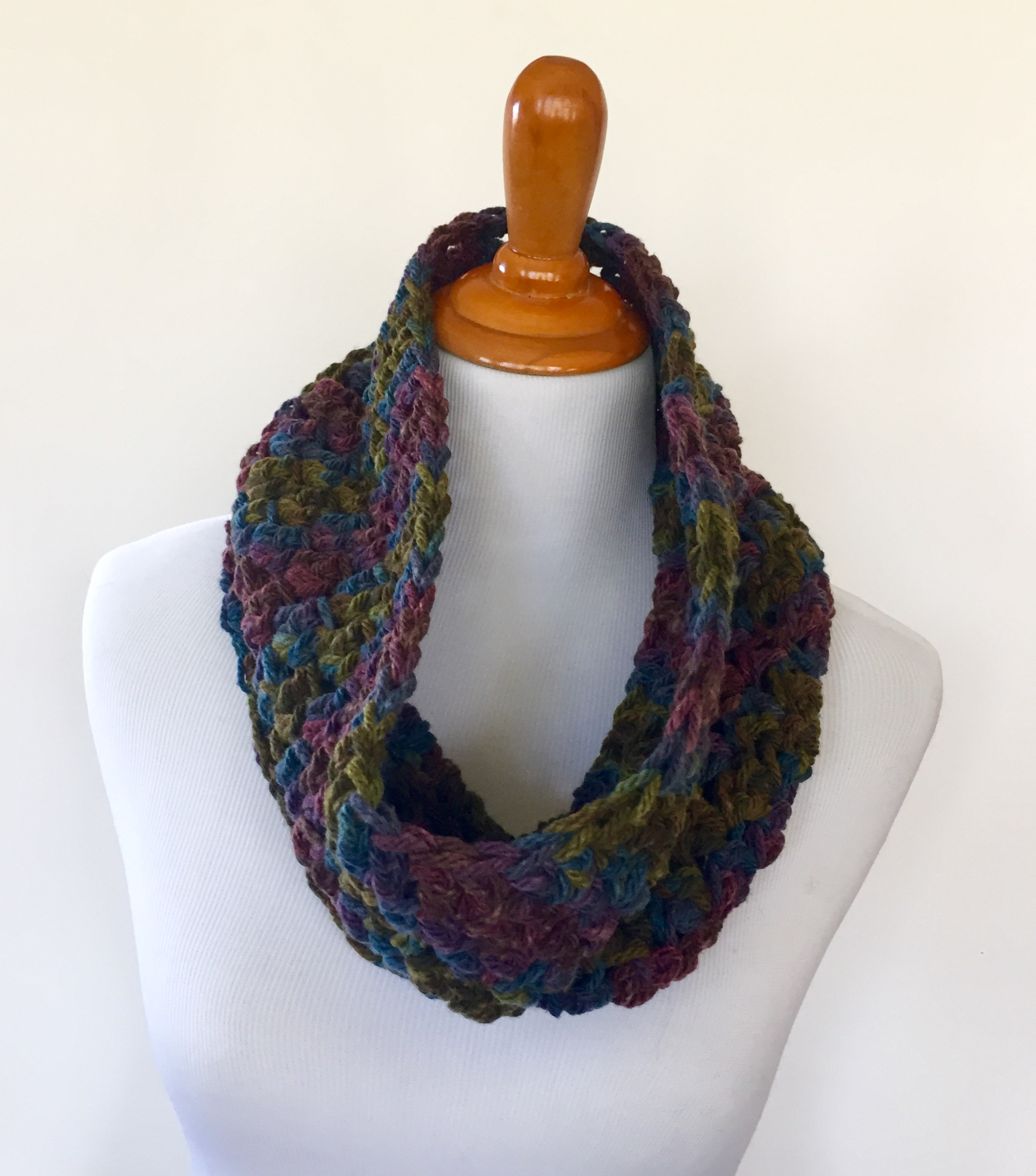 What You Should Know Before Proceeding Crochet Chunky Yarn Patterns Crochet Pattern Chunky Cowl Little Monkeys Designs
