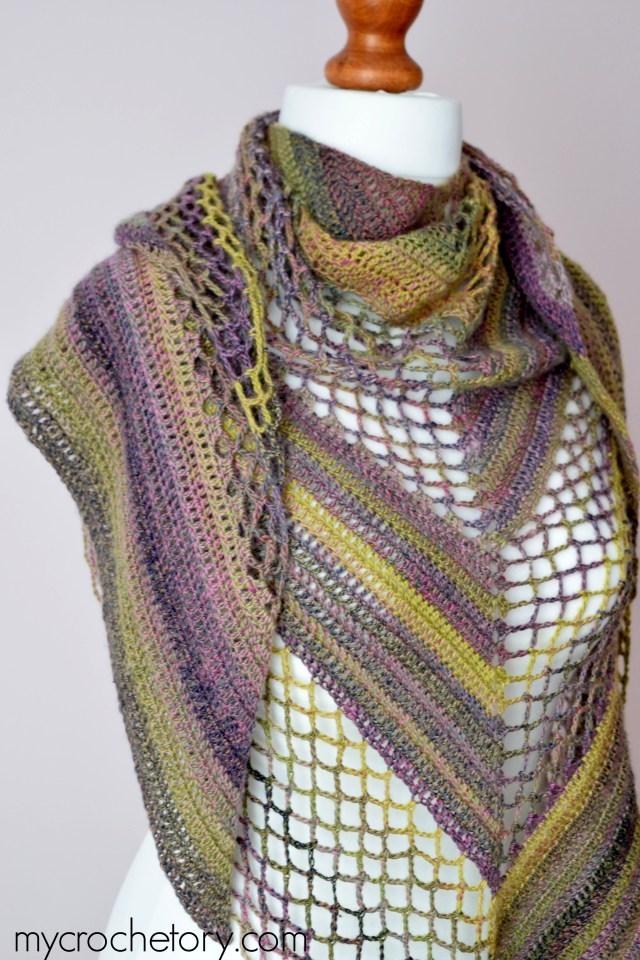 Flores Shawl - free crochet pattern by mycrochetory.com