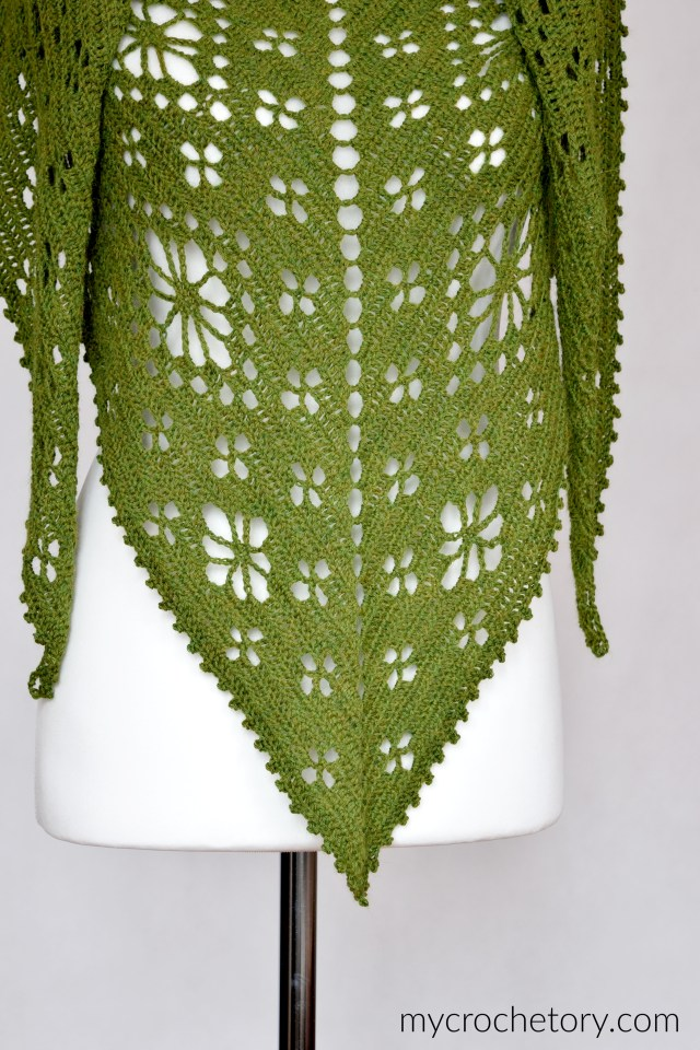 Field of Flowers Shawl - top-down crochet shawl. Free crochet pattern on my blog mycrochetory.com